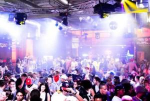 Party im Proton